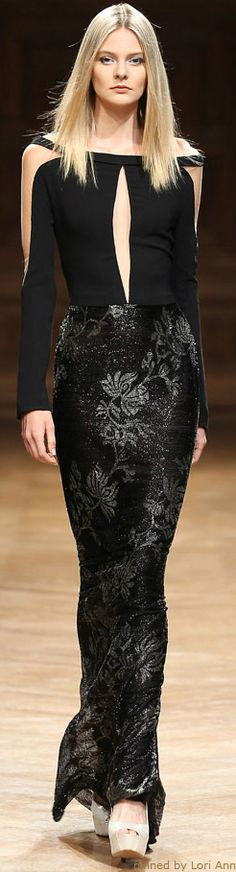 gorgeous embossing on the fabric.....or embroidery....AWESOME!
