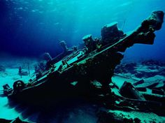 Deep sea ship wreck