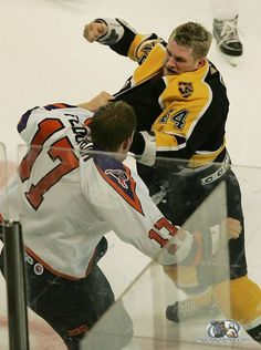Colton Orr vs Todd Fedoruk from their AHL days http://www.hockeyfights.com/photos/colton-orr/todd-fedoruk-vs-colton-orr-in-the-ahl