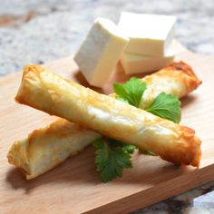 Cheese rolls are nothing new to the appetizer world, but what distinguishes the Lebanese version is the type of cheese and dough Recipes With Beef And Vegetables, Healthy Beef Recipes, Chilli Recipes, Ground Beef Recipes Easy, Vegetable Recipes, Cooking Recipes, Cooking 101, Easy Cooking, Crockpot Recipes