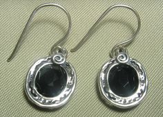STE366 Onyx Jewellery - Sterling silver and onyx earrings