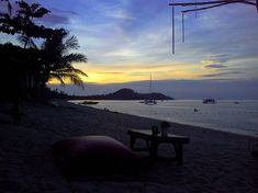 Dreaming of Summer . . . . . #roamtheplanet #travelphotography #visualoflife #beachlife #artofvisuals #islandhopping #flashesofdelight #ig_masterpiece #beachvibes #mytinyatlas #instapassport #aroundtheworldpix #flashesofdelight #travelog #mytinyatlas #visualmobs #theglobewanderer #forahappymoment #exploringtheglobe #thailand_allshots #thailandluxe #amazingthailand #thailandonly #unlimitedthailand #androidography #androidinstagram #instaandroid Travelogue, Planets, Thailand, Travel Photography, Sunset, Amazing, Beach, Pictures, Life