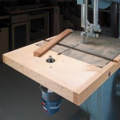 Build a router table multi sled coping small parts holder tenons compact router table woodsmith tips greentooth Gallery