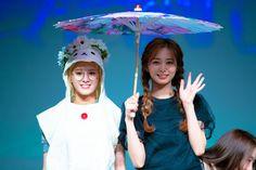 Tzuyu & Sana - The most adorable girls ever seen - Sexy K-pop South Korean Girls, Korean Girl Groups, Twice Tzuyu, Twice Korean, Chou Tzu Yu, Twice Sana, Ms Gs, Nayeon, Japanese Girl