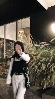 Grunge Style, Soft Grunge, Casual Hijab Outfit, Ootd Hijab, Hijabi Girl, Girl Hijab, Tokyo Street Fashion, Aesthetic Fashion, Aesthetic Girl