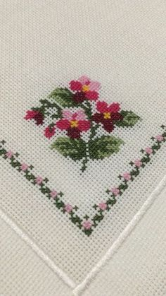 1 million+ Stunning Free Images to Use Anywhere Cross Stitch Boarders, Cross Stitch Heart, Cross Stitch Flowers, Cross Stitch Designs, Cross Stitch Patterns, Hardanger Embroidery, Cross Stitch Embroidery, Free To Use Images, Embroidery Needles