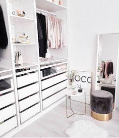 Walk In Closet Design, Closet Designs, Best Closet Organization, Organization Ideas, Organizing Tips, Decor Room, Bedroom Decor, Home Decor, Bedroom Ideas