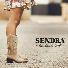 Cowboy boots Sendra Style. #sendra #sendraboots #highquality #handmadeboots #madeinspain #loveboots #fashionboots #leather #authentic #cowboy #cowgirl #western #style #nature #flowers #awesome #amazing #love #instagramers #instaboots #instadaily #instalike #instagood #perfect #special #cute