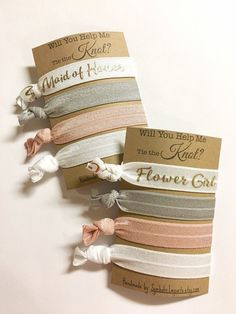 These Will You Be My Bridesmaid? Hair Tie Favors are the perfect way to ask your Bridesmaid & entire Wedding Party! Will You Be My Matron of Honor? Will You Be My Maid of Honor? Will You Be My Flower Girl? One Set Includes: 1 Favor Card 1 Bridesmaid Gold