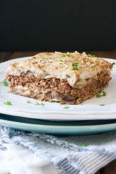 Vegan Moussaka Recipe - Veggies Don't Bite Vegan Moussaka, Moussaka Recipe, Greek Recipes, Vegan Recipes Easy, Pea Recipes, Vegetarian Recipes, Vegan Thanksgiving, Thanksgiving Ideas, Vegan Main Dishes