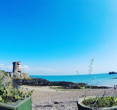 Beautiful view for afternoon tea and cake ... * * * * #jersey #jerseyci #channelislands #home #sunday #sundaywalk #outdoors #pebbles #pebblebeach #afternoontea #bluesky #sea #seaside #flowers #beauty #summer #spring #weekend #walks #gopro #goprohero5 #HERO5 #photooftheday #photography #photo #photographer #goprophotography #gopro5 #hero5black #photoart #montereylocals #pebblebeachlocals - posted by Joanne-Marie  https://www.instagram.com/joannespeckleton. See more of Pebble Beach at…