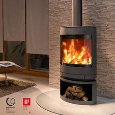 Skantherm Emotion. http://www.skantherm.de/en/chimney-stoves/chimney-stove/emotion-m//info/ Wood Fireplace, Stove Fireplace, Fireplace Design, Fireplaces, Fireplace Ideas, Log Burner, Wood Burning Heaters, Contemporary Wood Burning Stoves, Wood Burning Fires
