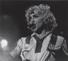 The fan corner of Atlético de Madrid. Spanish Club that plays in the Division of the Professional Football League (LFP). Founded in ¡Aupa Atleti! Madonna, Professional Football, Beautiful One, Love Her, Che Guevara, Soccer, Tours, Ambition, Blond