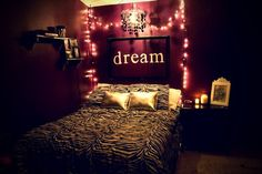 Teen Girl Bedrooms charming and snug pin - Creatively cool teen room decor tactic and tips. For extra gorgeous ideas please check out the image immediately.
