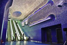 Oscar Tusquets Blanca designs the Toledo metro station space in Naples, Italy.