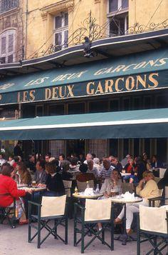 Les Deux Garcons in Aix-en-Provence. I spent sooo much time at this cafe when I lived in Aix. Aix En Provence, Provence France, Places Around The World, Around The Worlds, South Of France, France Cafe, Sidewalk Cafe, Ville France, Belle Villa