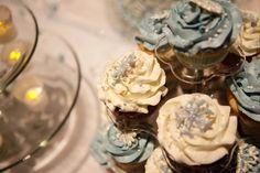 Winter wedding cupcakes micala mcclain photography