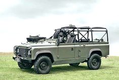 Land Rover Defender 110 - Special Operations Vehicle (SOV).