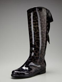 Victoria Lynx Lace-Up Rain Boot by däv on Gilt.com
