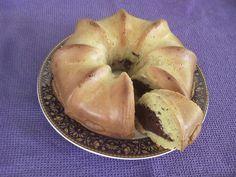 3 υπέροχα Κέικ που αξίζει να δοκιμάσετε... - Χρυσές Συνταγές Bagel, Cookie Recipes, Garlic, Bread, Cookies, Vegetables, Sweet, Food, Hair