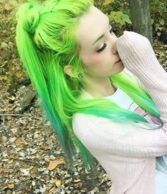 Neon Green hair  Beauty: Fantasy Unicorn Purple Violet Red Cherry Pink Bright Hair Colour Color Coloured Colored Fire Style curls haircut lilac lavender short long mermaid blue green teal orange hippy boho ombré woman lady pretty selfie style fade makeup grey white silver  Pulp Riot
