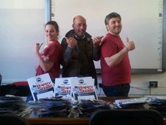 Igientisti CalabroDental per il Mese della Prevenzione 2014 - Reggio Calabria - insieme a un docente dell'Istituto Comprensivo Carducci-Vittorino da Feltre