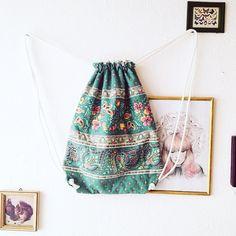 Da es bis zum nächsten DIY Markt doch noch ein bisschen Zeit ist verkaufe ich gerade einen meiner neuen Turnbeutel bei kleiderkreisel (taketime4me)  mit Innenfutter  mit Liiiiiiiiebe genäht   #DIY #bag #gymbag #handmade #sew #sewing #selfmade #accessoires #interieur by taketime4me