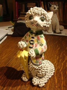 """Early c1940 Spaghetti Cat marked """"Italy"""". Largish (10.75"""" high). And I love the one in the background."""