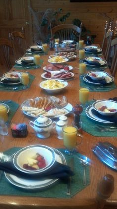 Come have a great breakfast out at HeartLand Lodge!