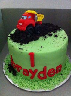 Dump truck smash cake by yuMM