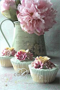 Cupcake D'lights by Zalita - aqua and pink shabby chic cupcakes