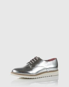 """Shoe: Apple of Eden """"Holly"""". Click on the picture to get the product <3"""