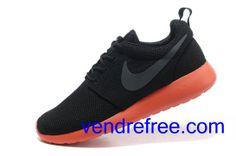 super popular 5deea 8f3a7 Vendre Pas Cher Chaussures Femme Nike Roshe Run  (couleur:vamp,interieur-noir;logo-gris;unique-rouge) en ligne en France.
