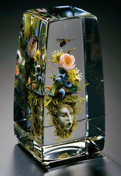 Glaskunst Beauty Beyond Nature: Stunning Artistic Glass Paperweights by Paul J. Stankard sculpture g Resin Crafts, Resin Art, Deco Nature, Glas Art, Art Of Glass, Glass Book, Arte Floral, Glass Paperweights, Modern Glass