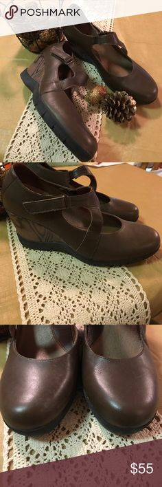 """SANITA """"Matilda"""" Mary Jane Wedges🍂 Gorgeous wedges by Sanita in brown leather. In very good used condition. Velcro closure with small elastic stretch on strap. Perfect for fall with skirts or jeans 🌾. AUTHENTIC. No trades or holds. Sizing chart above is from Sanita. 🌻Thank you for looking! Reasonable offers welcomed🍁 Sanita Shoes Wedges"""