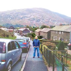Down the hill to Ullswater or up the hill to the Travellers Rest?