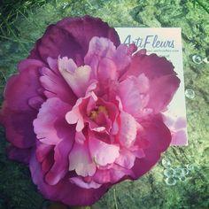 #cadeau #saintvalentin #rose #mariage #decoration #cheveux #broche http://www.artifleurs-fleurs-artificielles.com/ #boutonniere #amour #fleur