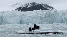 「北極海」のど真ん中で、たった一人のリサイタル。いったいナゼ? | TABI LABO