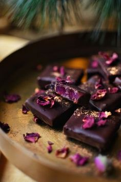 Želé v čokoládě • CukrFree.cz Sugar Free, Sweets, Candy, Chocolate, Recipes, Food, Sweet Love, Gummi Candy, Essen