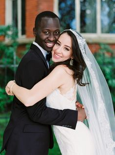 First touch and prayer and talk before ceremony Interracial Celebrity Couples, Interracial Marriage, Interracial Wedding, Interracial Couples, Black Man White Girl, Funny Wedding Photos, Lace Bride, Wedding Humor, Beautiful Couple