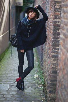 Bonjour les filles !  Les tenues noires 100 % noiresm'angoissent en général. Je peux trouver ça très joli chez les autres mais sur moi, ça ne passe pas.Nouveau billet !