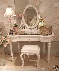 8 Talented Tips AND Tricks: Shabby Chic Table Diy shabby chic sofa blankets.Shabby Chic Furniture Dining shabby chic home vintage. Table Inspiration, Shabby Chic Furniture, Chic Bedroom, Decor, Vintage Shabby Chic, Chic Dressing, Shabby Chic Dressing Table, Shabby Chic Homes, Dressing Table Inspiration