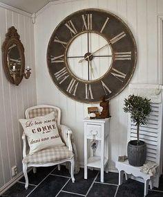 El Rincón Vintage de Karmela: Hoy decorando con relojes vintage gigantes, tendencia total.