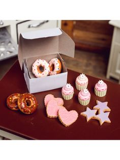 "American Bakery Bake Collection Set of Doughnuts and Pies, Fits 18"" Girl Dolls"