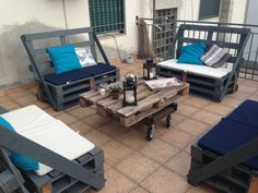 Aperitif on my terrace: wine, sunset and pallets ! #Lounge, #Outdoor, #Pallets, #Terrace