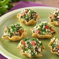 Create the tastiest Tabbouleh Scoops, Tostitos® own Tabbouleh Scoops Recipe with step-by-step instructions. Make the best Tabbouleh Scoops Recipe for any occasion. Appetizers For Party, Appetizer Recipes, Winter Party Foods, Tapas, Raw Food Recipes, Cooking Recipes, Easy Party Food, Brunch, Finger Foods