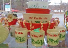 Pyrex and Hazel Atlas Egg Nog set. #vintage #christmas.  Cute idea to mix the red pyrex with these!