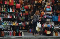 Florence: shop for leather goods: Massimo Leather Borgo la Noce, 13/15r, Firenze, Italia. Outdoor leather market in San Lorenzo