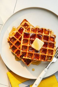 This sourdough buttermilk waffle recipe is a great choice for a stand alone breakfast recipe or paired with eggs, bacon or sausage for a weekend brunch recipe.#breakfastrecipes #brunchrecipes #wafflerecipes #buttermilkwaffles #sourdoughrecipes #sourdoughwaffles