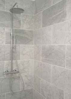 Small Bathroom Grey Bathroom Tiles Bathroom Grey Bathrooms Regarding Grey Bathroom Tiles Small Grey Bathrooms, Grey Bathroom Tiles, Bathroom Flooring, Grey Tiles, Wall Tiles, Tiled Bathrooms, Bathroom Remodeling, Gray Shower Tile, White Tiles